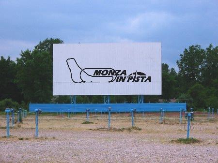 L'autodromo di Monza diventa un drive-in